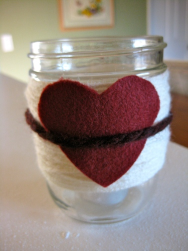 yarn wrapped jar felt heart diy valentine decor