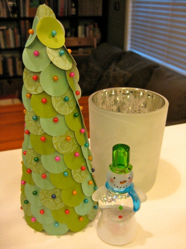 Paper Punch Christmas Tree